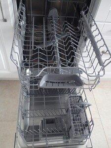 Лотки посудомойки, посудомойка, вид внутри, вид изнутри