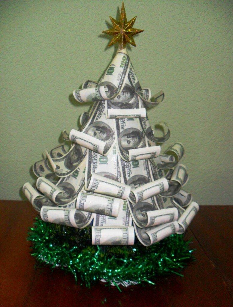 елка из денег